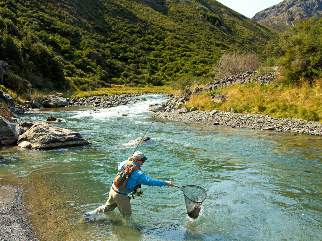 Owen river lodge best of new zealand fly fishing for New zealand fly fishing